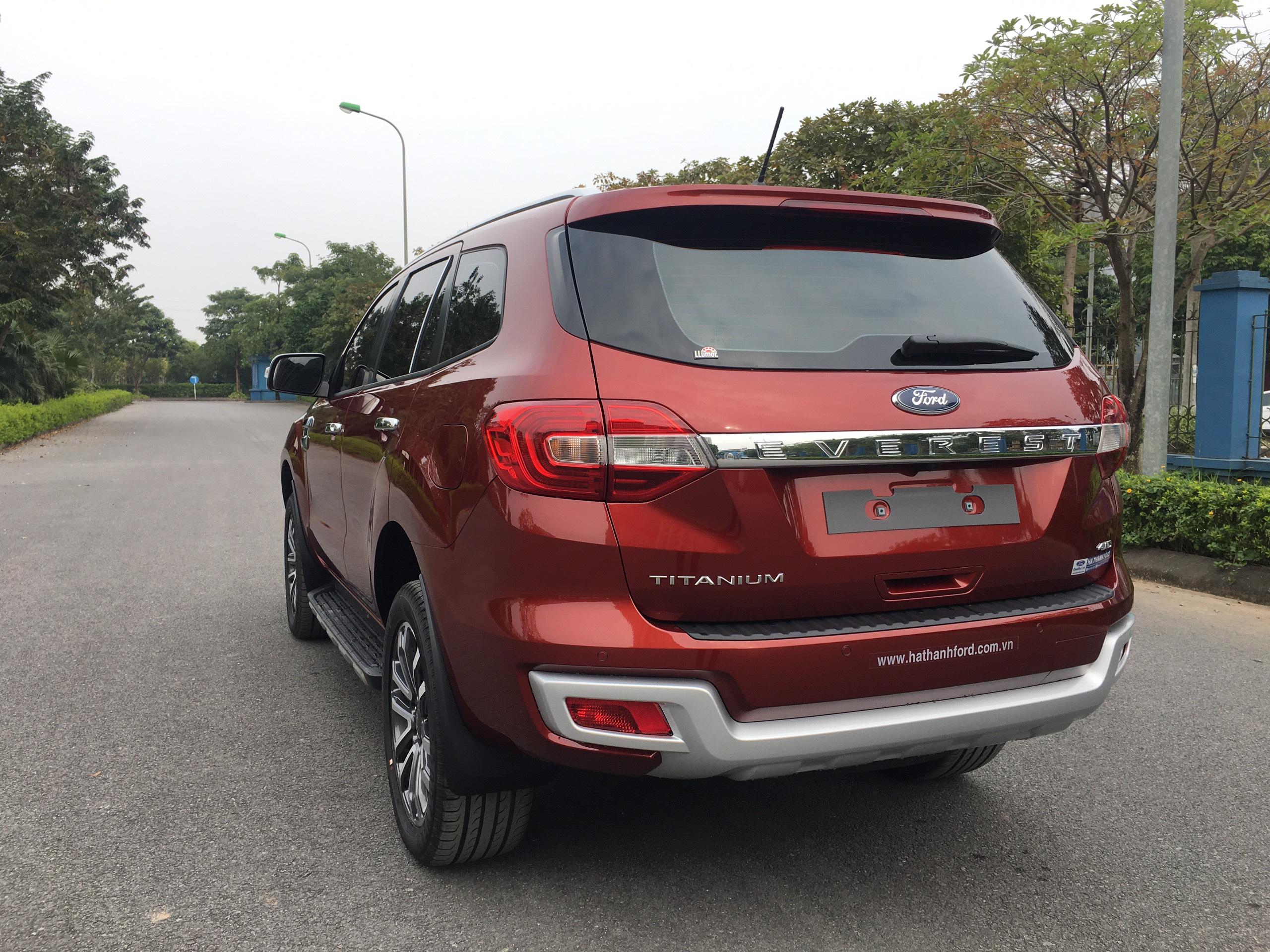 Ford Everest Titanium 2.0L AT 4WD4