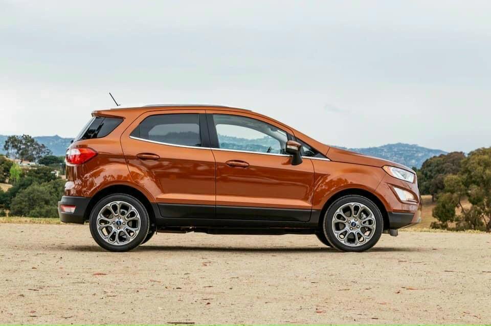 Ford EcoSport 1.5L AT Titanium3