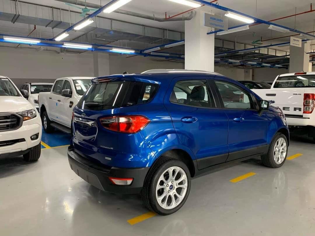 Ford EcoSport Titanium 1.0L AT Ecoboost7