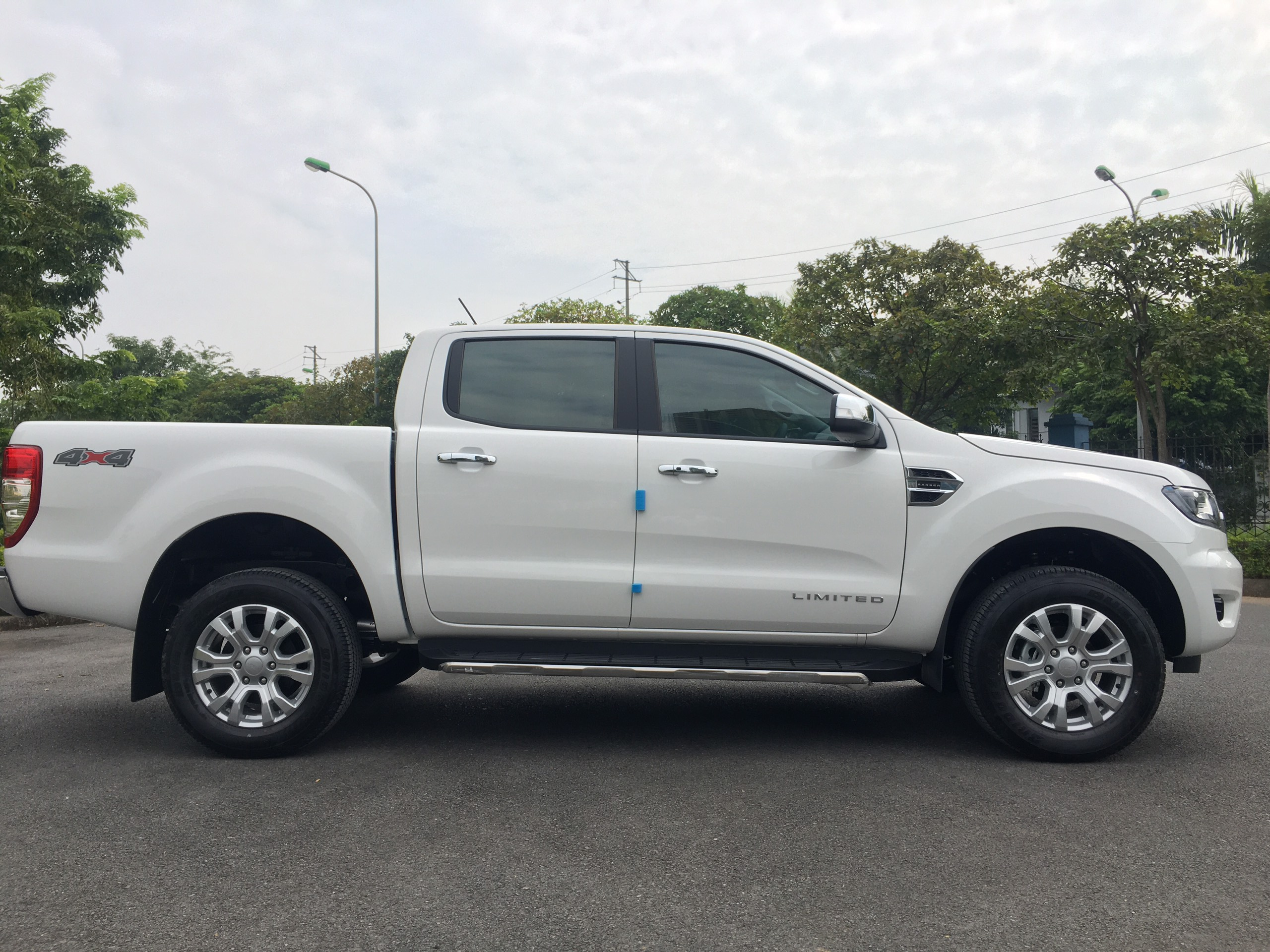 Ford Ranger Limited 2.0L 4×4 AT11