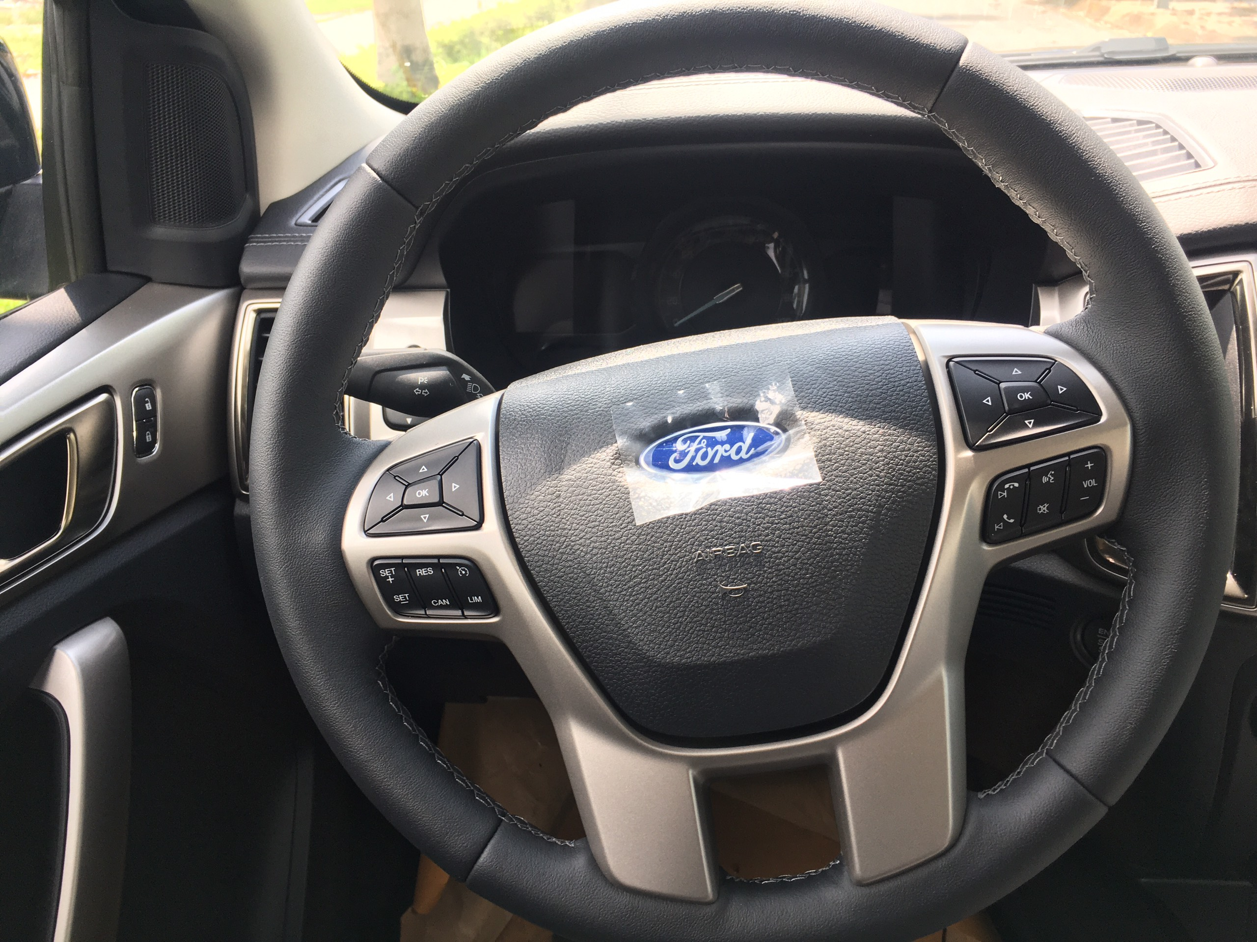 Ford Everest Trend 2.0L 4×2 AT6