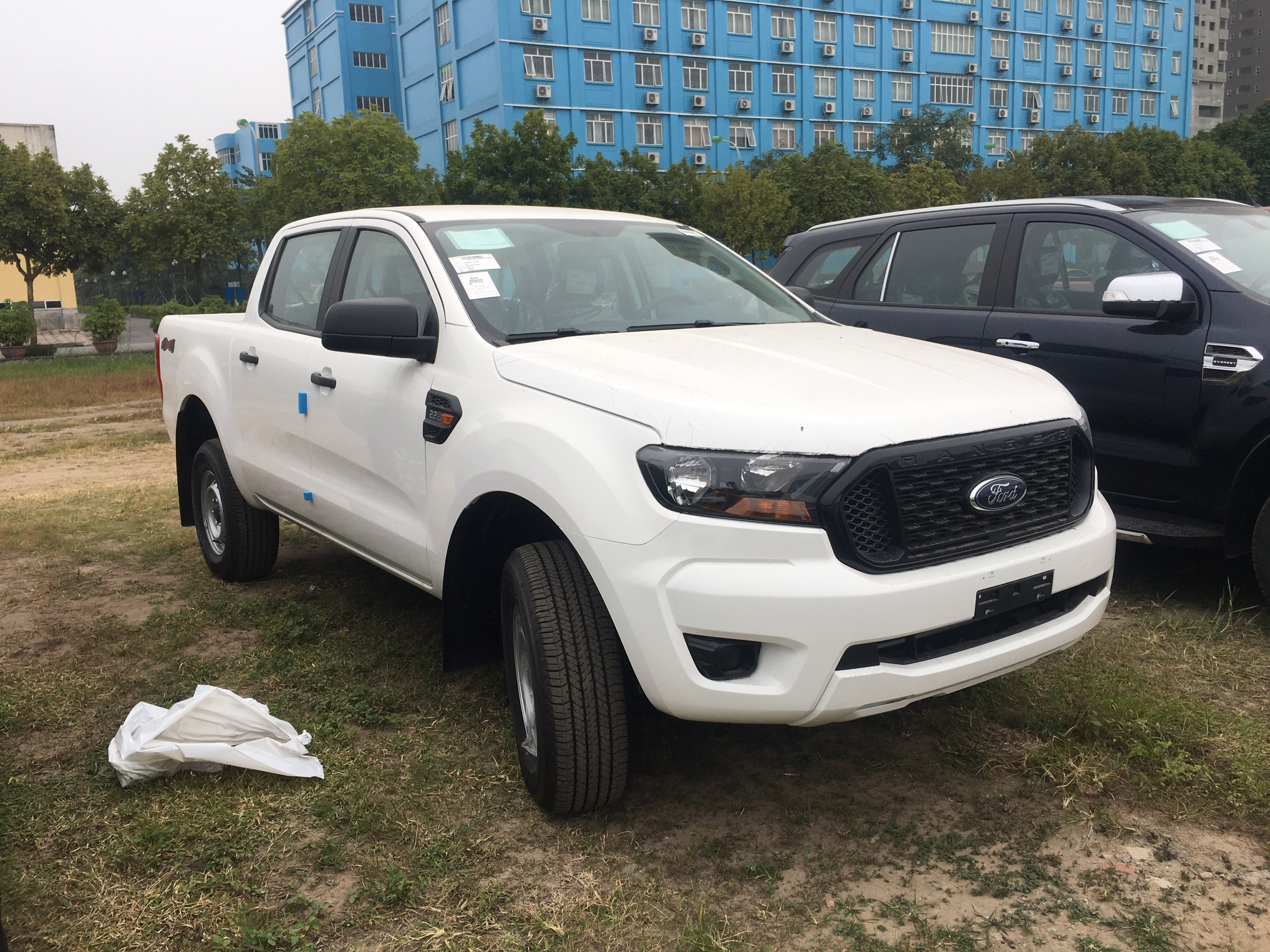 Ford Ranger XL 2.2L 4×4 MT4