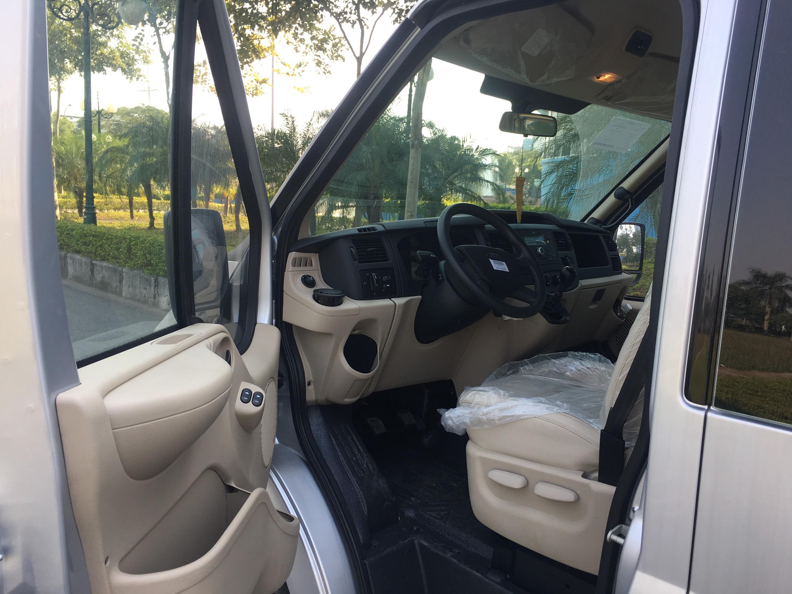 Ford Transit Luxury10